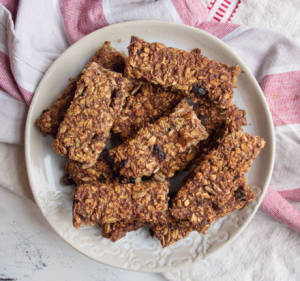 Date And Oats Bar