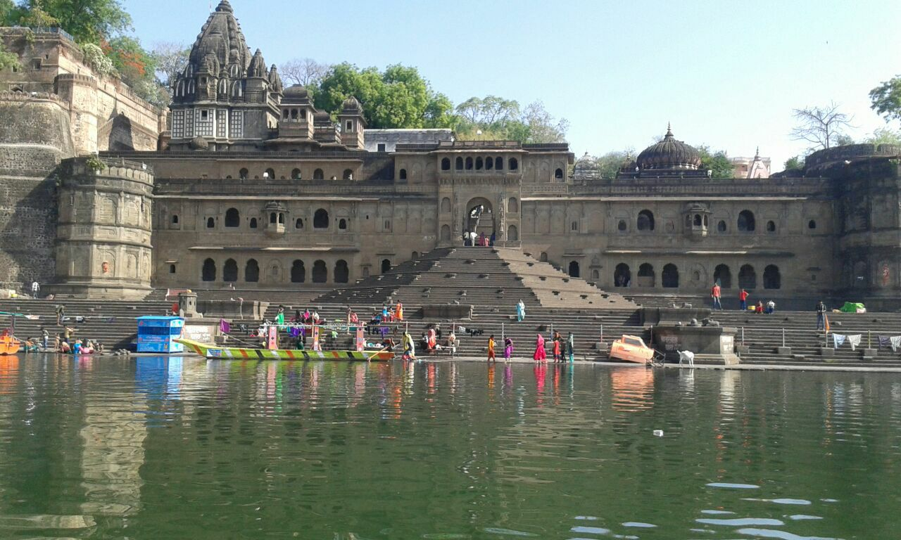 fort of maheshwar, sari, maheshwari