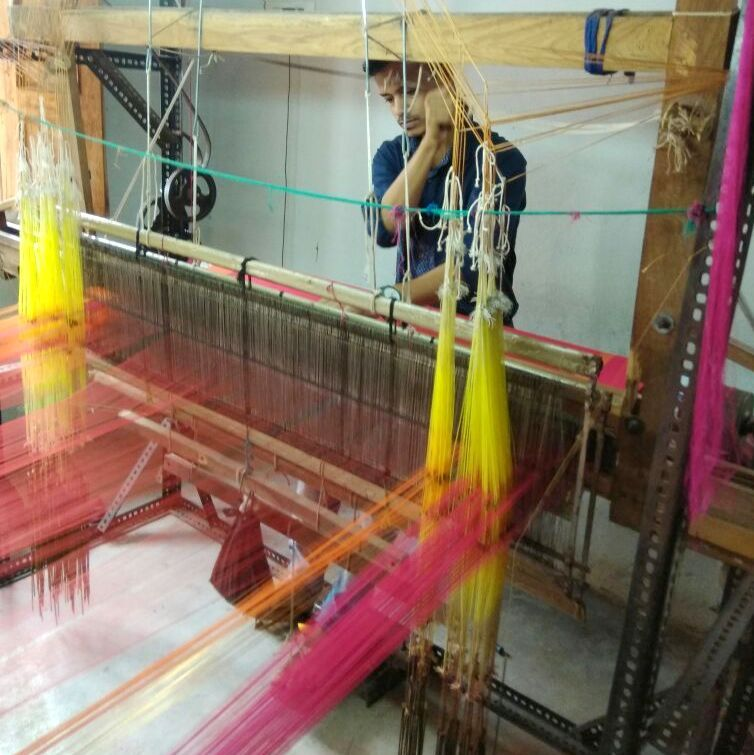 sari, weaving, handloom, maheshwar, india