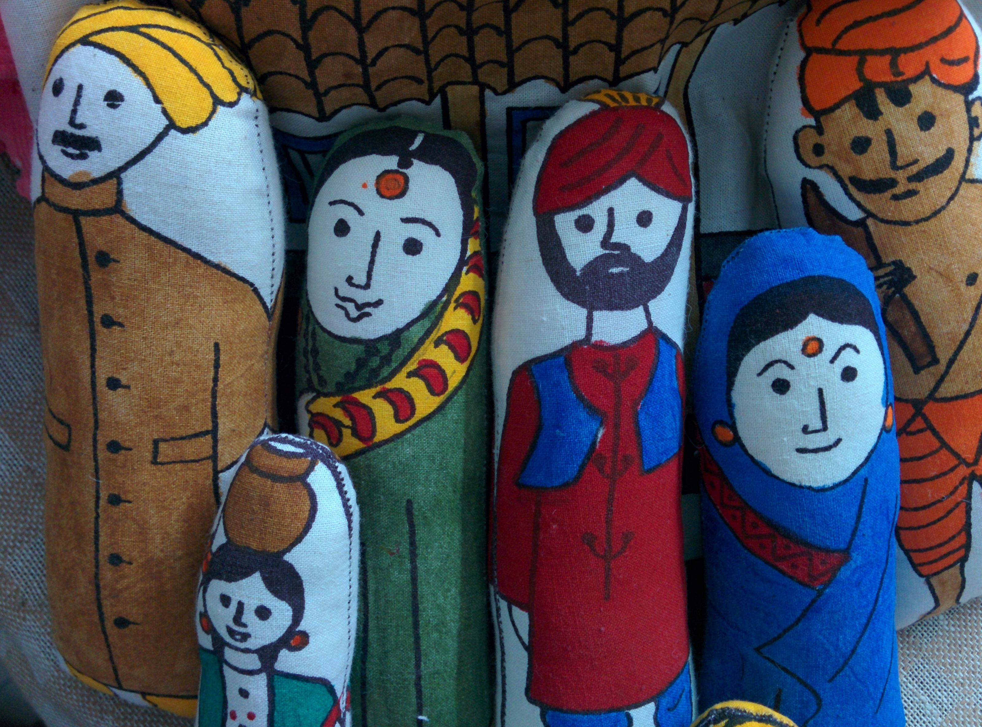 Indian-Family-stuffed-toys-from-MESH