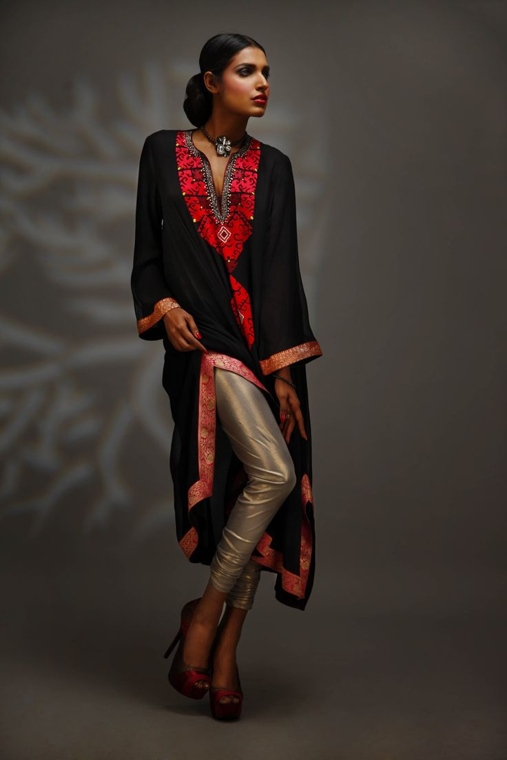 How stunning! Phulkari in black and red - http://www.pinterest.com/pin/499195939917012077/