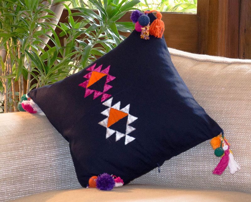 phulkari-cushion