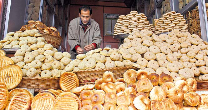 Kashmiri Breads - So much variety out there via