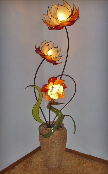 Beautiful flowers and leaves in a lamp shade, all the way from Italy ... via