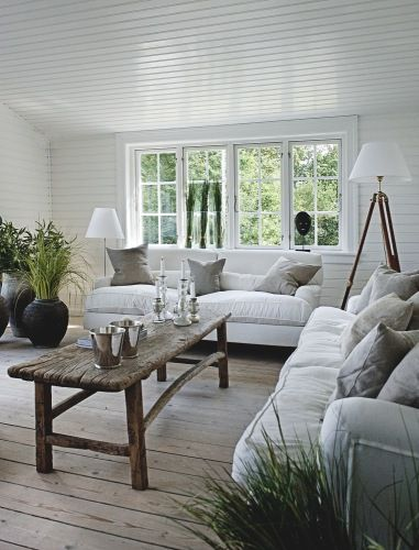Serene in white, with an element of class created by subtle use of wood.... via