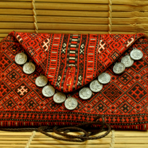 Handwoven bag from Himachal