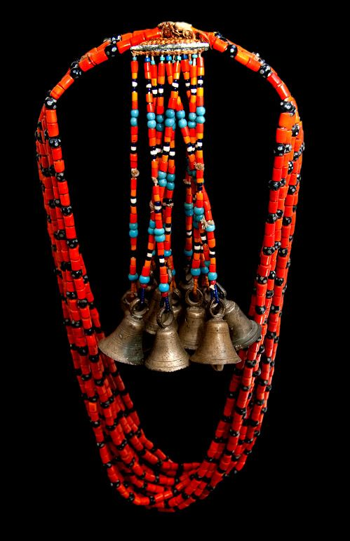 naga-glass-bead-necklace