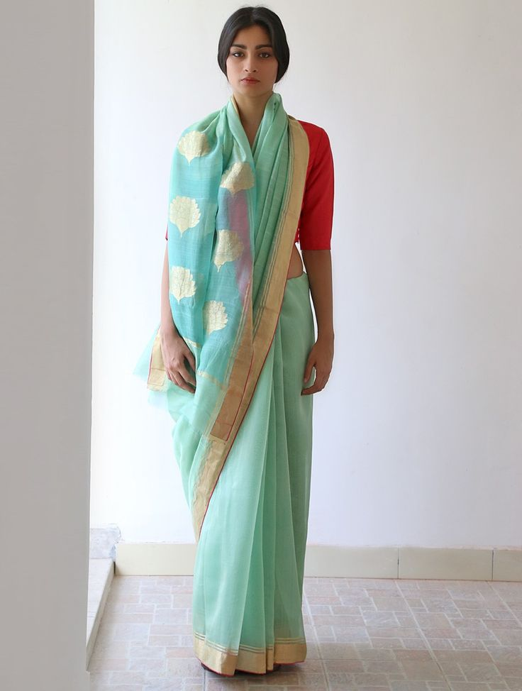 How beautiful is this saree from Raw Mango; Accessorise to suit your style via