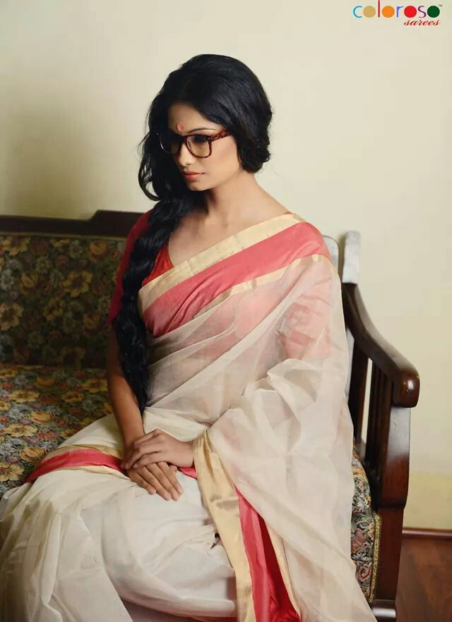 Simplicity at its best; Chanderi Weaves by Coloroso via