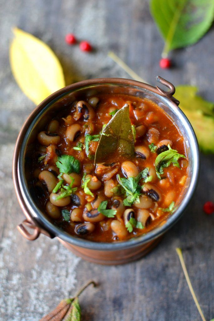 Lobia, the 'black eyed' beans in a curry via Spice in the city