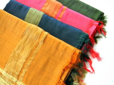 How stunning are these silk stoles, in the most vibrant of colours via