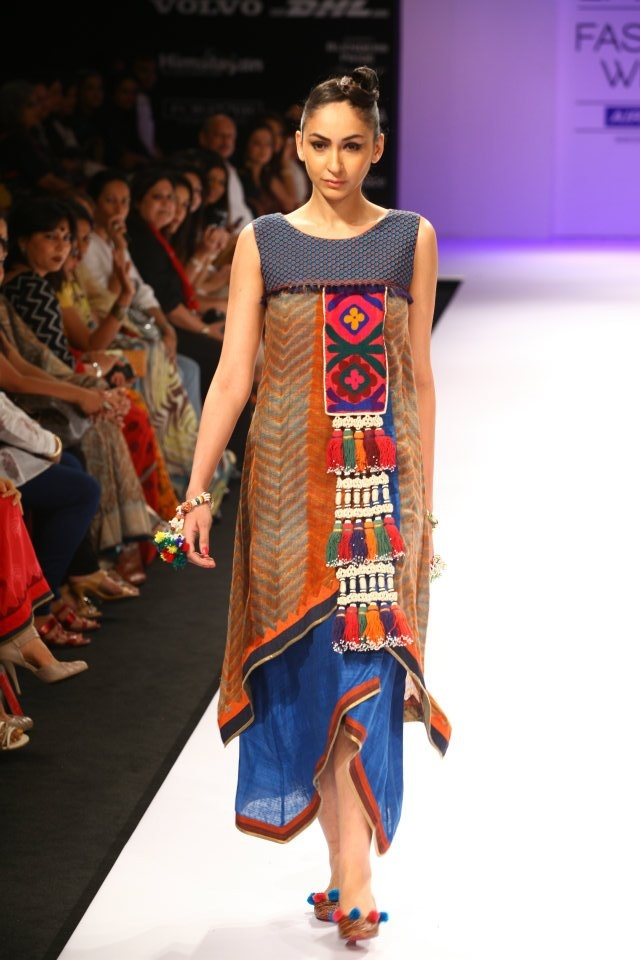 Beautifully inspired by the traditional Nagaland weaves via